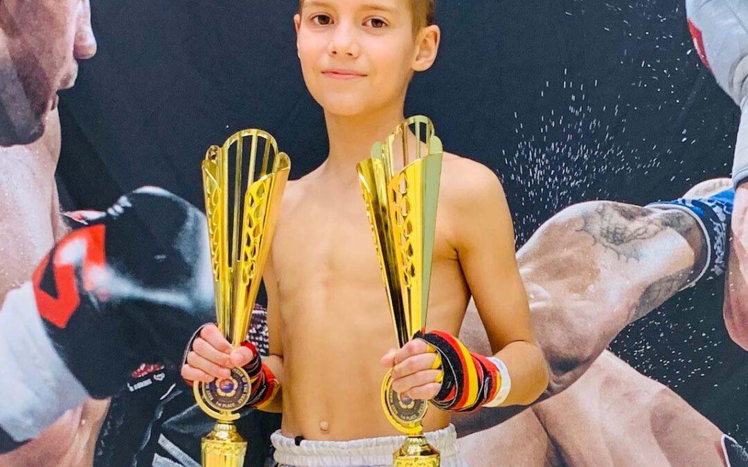 Pokal Tag für TuS Kickboxer